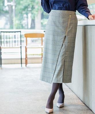 チェックのロングスカート